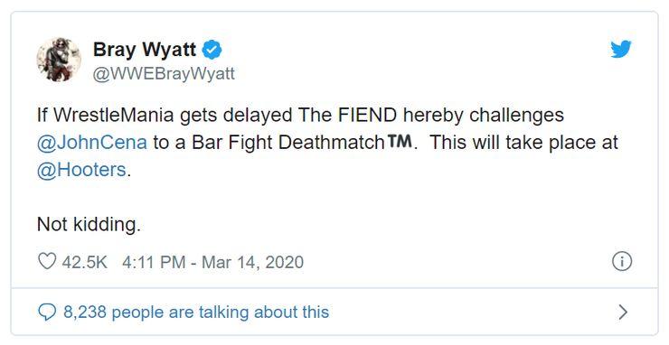 Resultado de imagem para Wyatt tweet hooters