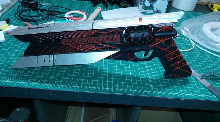 Destiny 2 Fan Makes Red Dwarf Hand Cannon with 3D Printer